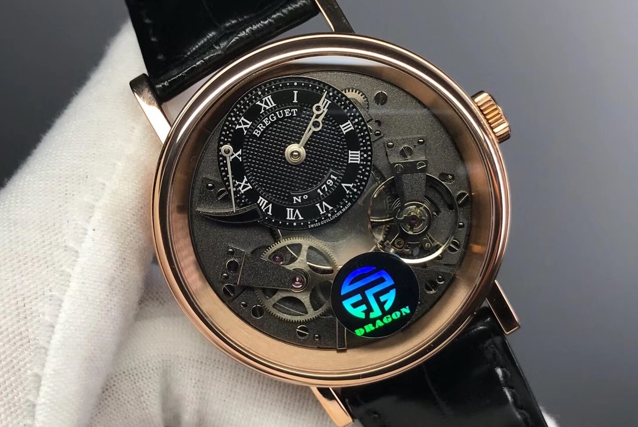 自主创新 不拘一格 卡地亚间金款限量版腕表