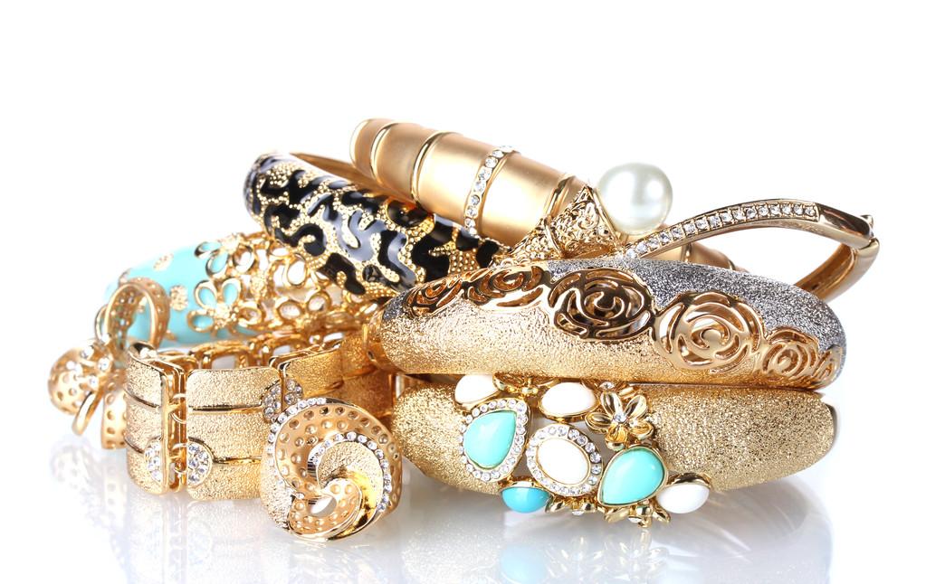 纽约珠宝品牌Nouvel Heritage推出Medallion系列的新一季珠宝作品