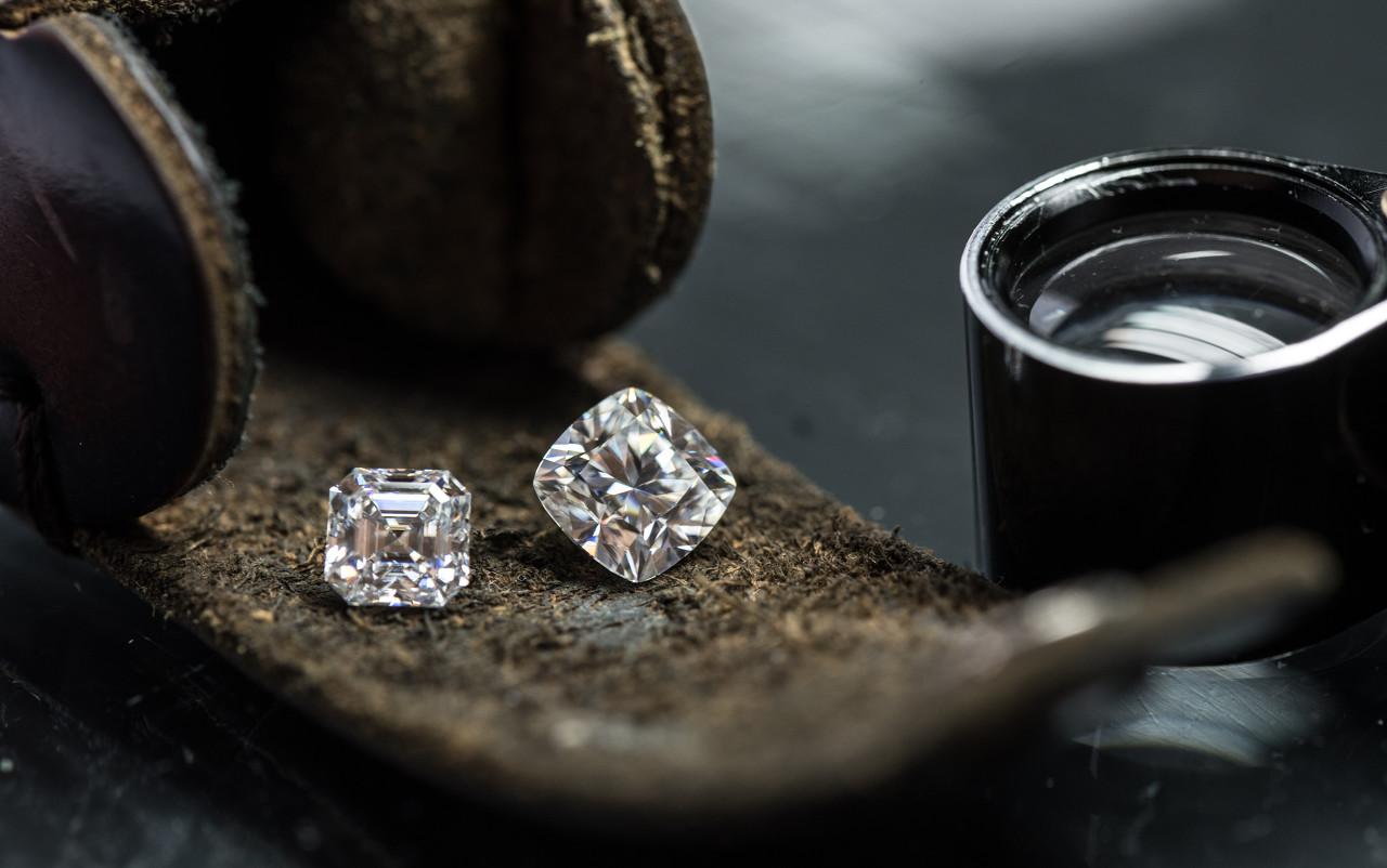 Alrosa推出一项创新的钻石溯源技术 利用纳米标记识别钻石