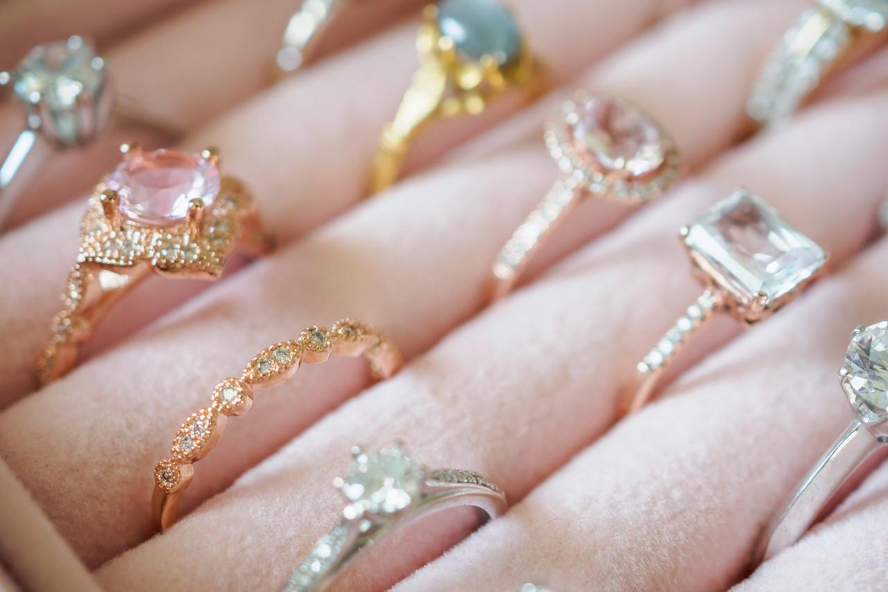 """国际顶级奢侈珠宝品牌 Mouawad推出""""Festive Rings""""戒指系列新品"""