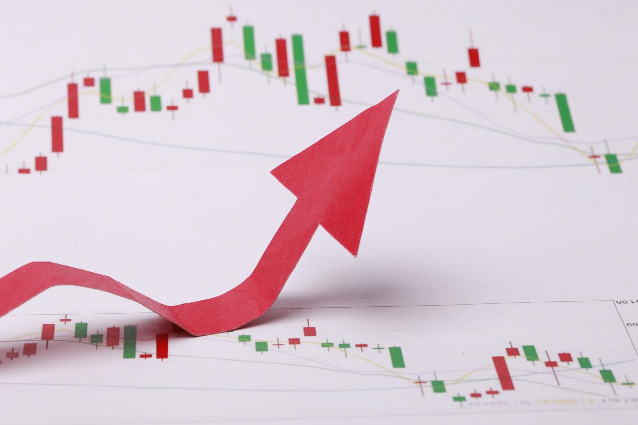 热门中概股收盘普涨 区块链概念、教育股表现强势