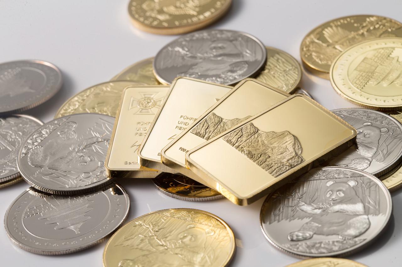鲍威尔发言将引爆市场 现货黄金持续下跌