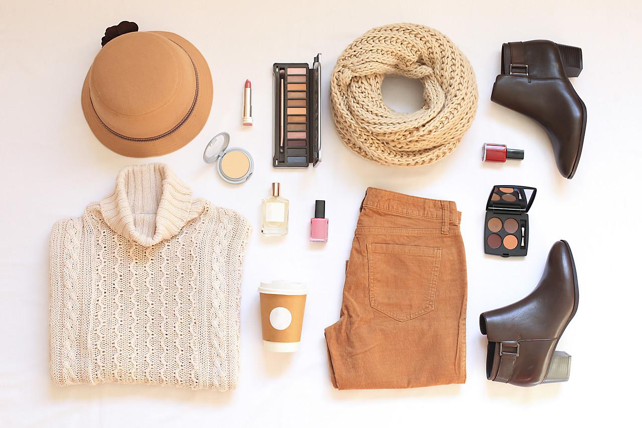 常规的连衣裙穿搭 休闲惬意简单又时髦!