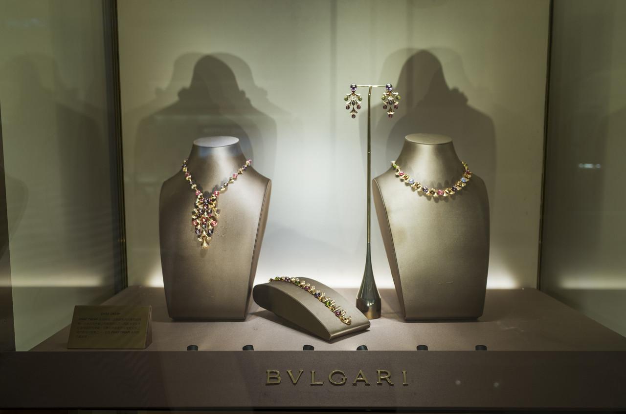 香港珠宝零售业依旧存在困难 周生生上半年利润预计翻倍