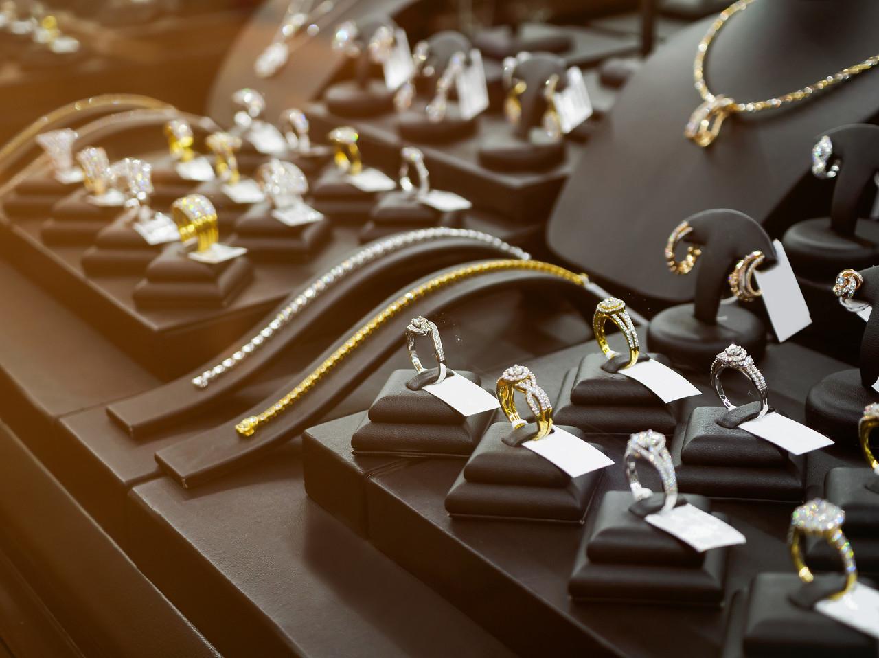 番禺区15家珠宝企业精彩亮相第58届中国(广州)国际美博会
