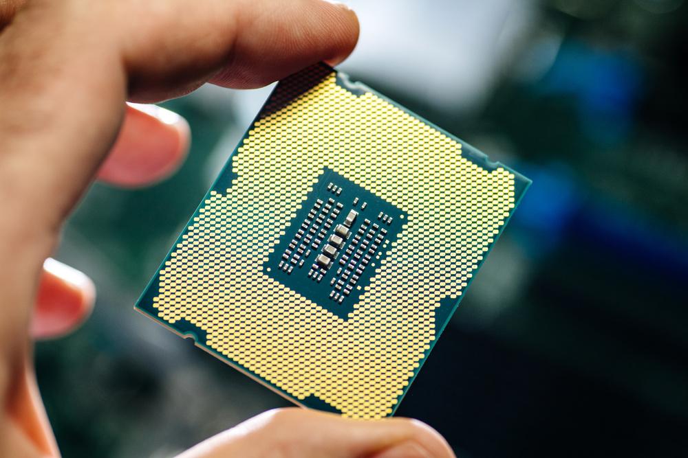 英媒:再过10年 日本芯片份额将跌至0!中美平分市场!