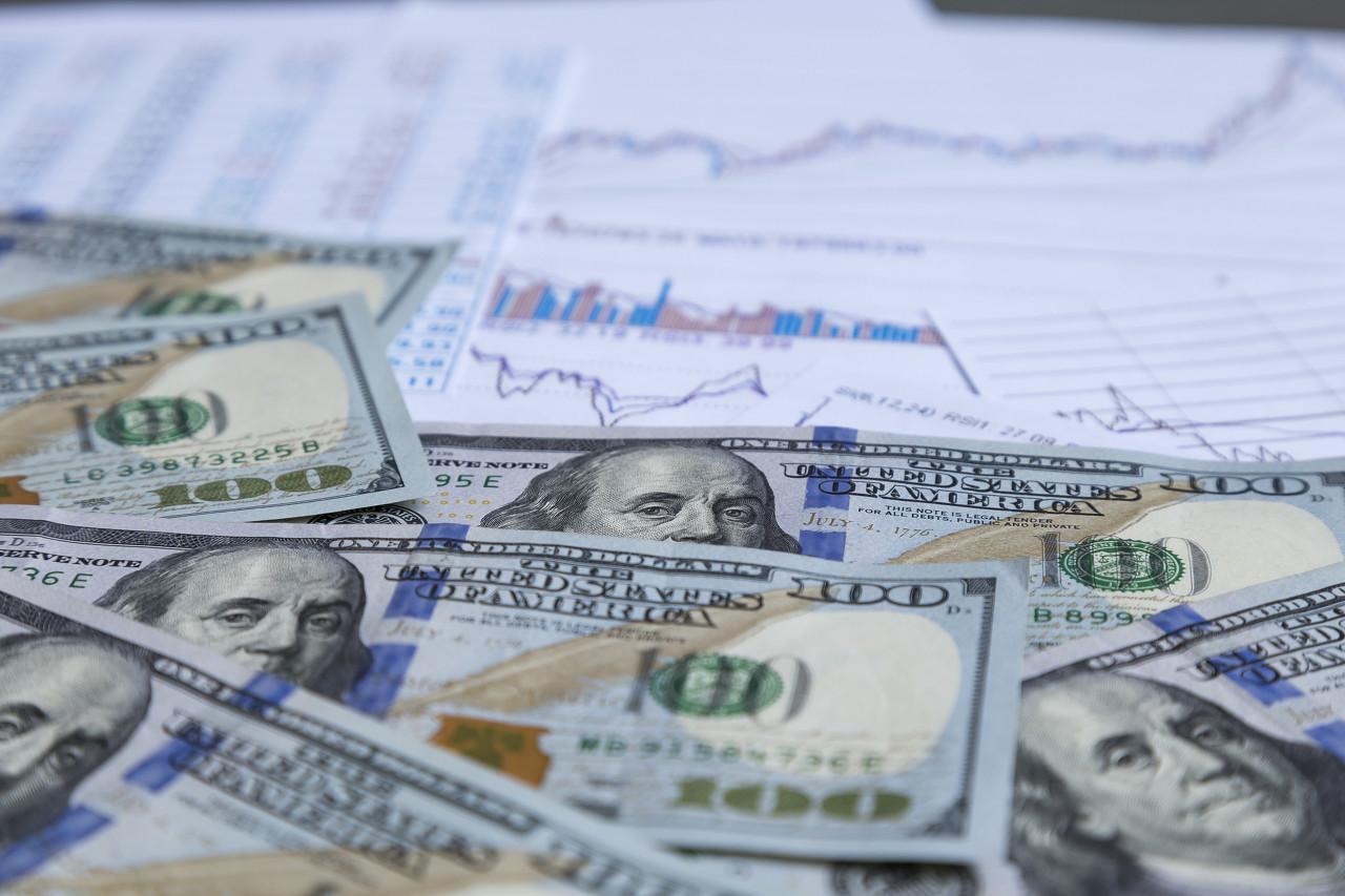 财报季提振美股 美油收盘价创七年来新高