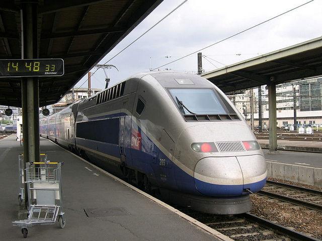法国TGV高速列车