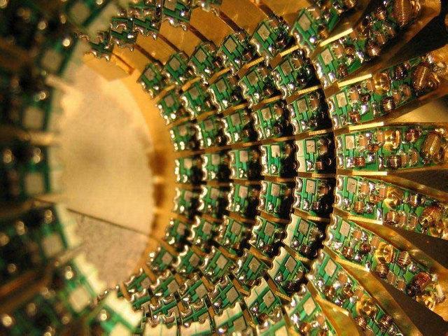 光量子计算机