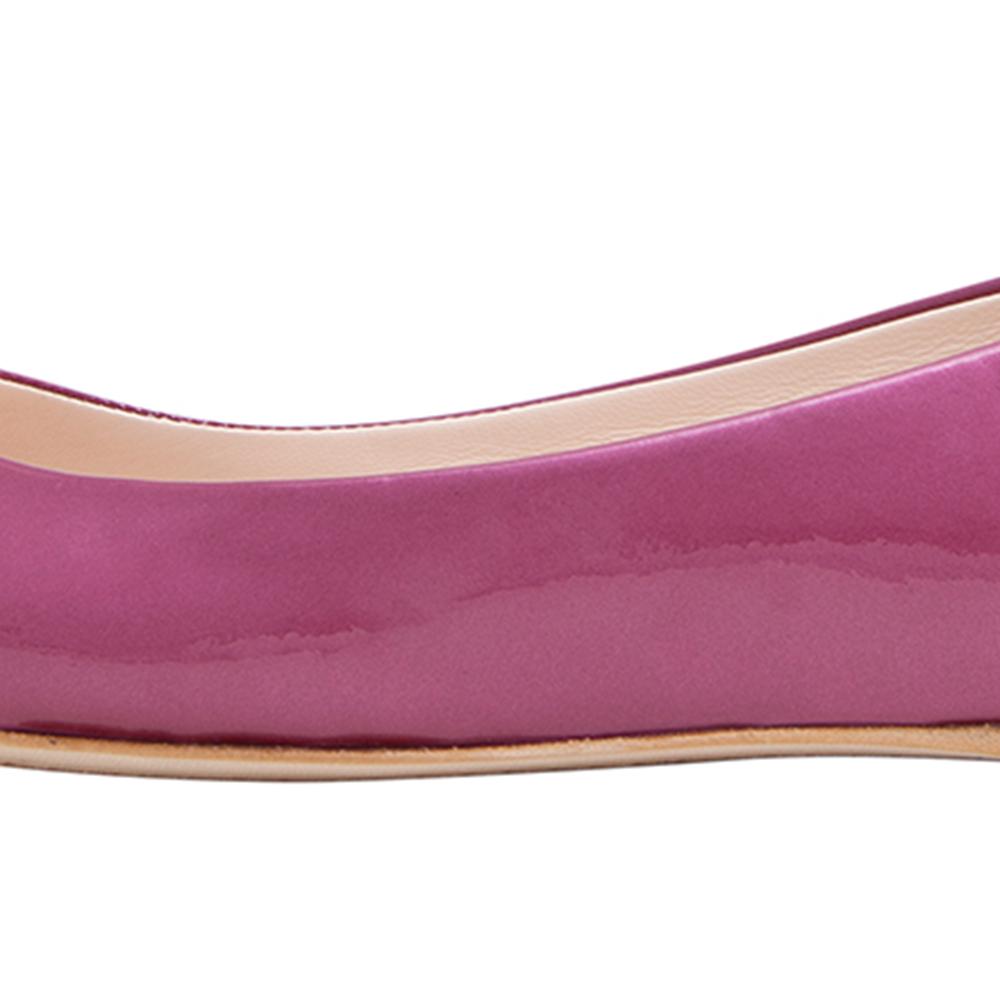 Versus范瑟丝2014春夏粉色亮皮平底鞋