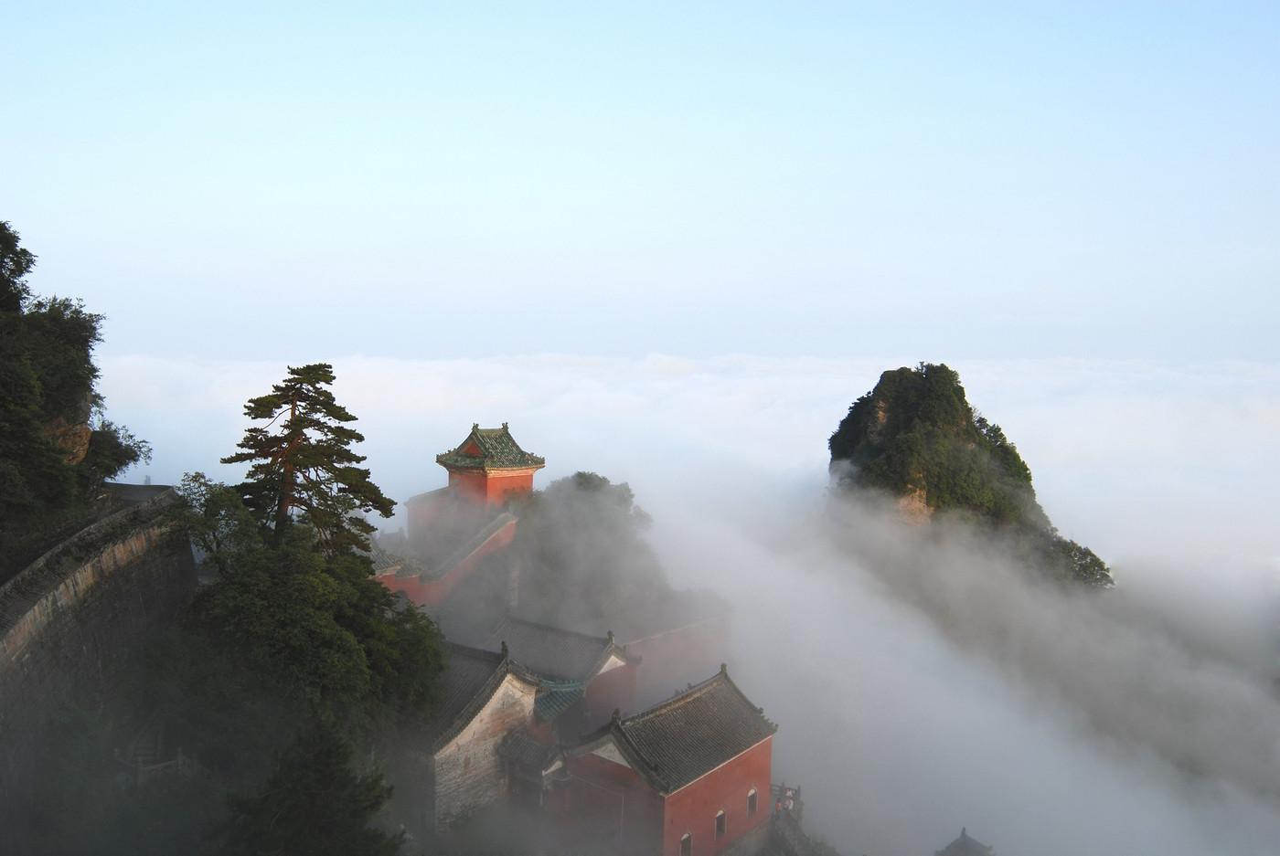 湖北武当山