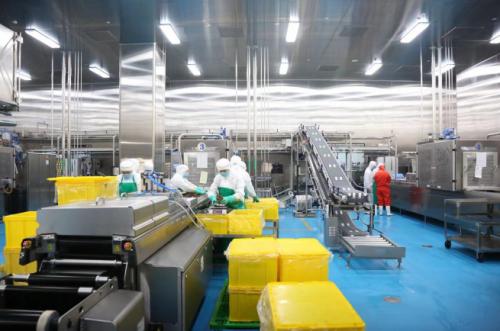 《【金牛3在线平台】周黑鸭获第十届中国食品健康七星奖坚守品质生命线》