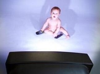 2岁以下婴幼儿可以看电视吗?