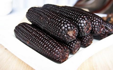 黑色糯玉米